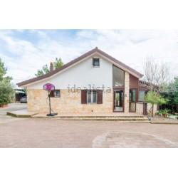 Villa in vendita - 230 m2